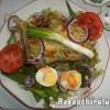 Avokádós salátatál