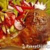 Húsvéti töltött csirkecomb friss salátával