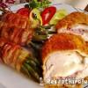 Mozzarellával baconnel töltött csirkemell baconos zöldbabbal