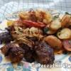 Grillezett csirkemáj sült krumplival lecsóval