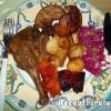Sült kacsacomb és libamáj zöldségekkel