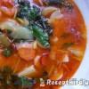 Tavaszi zöldségleves csabai lángolt kolbásszal