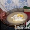 Köménymagos tojásleves