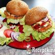 Mozzarellás csirkeburger házi húspogácsával