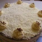 Vaníliás torta három féle piskótából