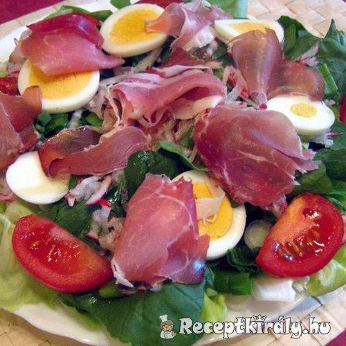 sonkás tojásos saláta