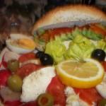 Avocados mozzarellás saláta 1