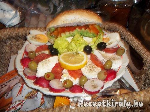 Avocados mozzarellás saláta
