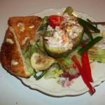 Avokádó rákfarkos zöldséges ananászsalátával chilivel 2