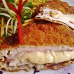 Bacönnel és sajttal töltött csirkemell rozsos bundában 2