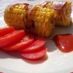 Baconba tekert kukorica grillezve