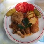 Csirkecomb gombásragúval sült krumplival 1