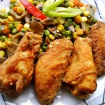 Csirkeszárnyak kukoricalisztbe forgatva 1