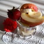 Epres gyümölcspohár vodkával