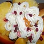 Exotikus gyümölcssaláta vodkával