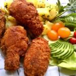 Fűszeres csirkeszárnyak kukoricás bundában