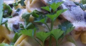 Gombás tortellini fehérboros heringfilével medvehagymával