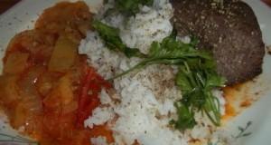Grillezett sertésmáj lecsóval rizzsel