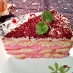 Málnás babapiskótás torta 3
