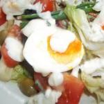 Majonézes saláta tojással kecskesajttal