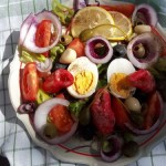 Mediterrán saláta tojással baby rák ollóval 1