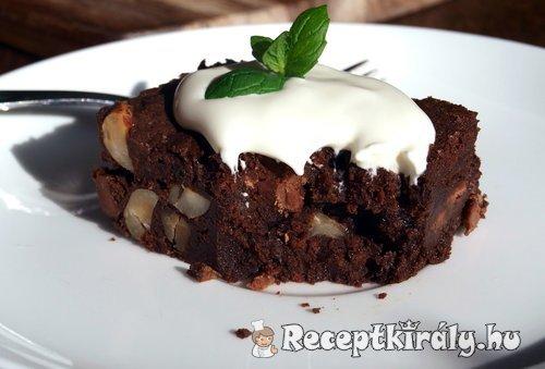 Mogyorós csokoládés brownie 2