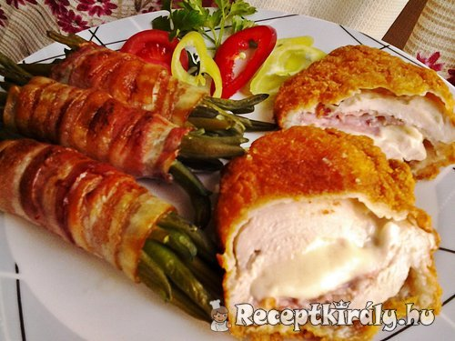 Mozzarellával baconnel töltött csirkemell baconös zöldbabbal 1