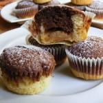 Pudinggal töltött fekete-fehér muffin 4