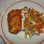 Rántott csirkemell zöldségkörítéssel 1
