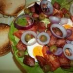Sült sonkás tojásos saláta 1