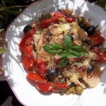 Spaghetti Puttanesca con vino rosso 2