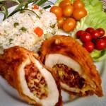 Töltött csirkemell kolbászos sajtos töltelékkel 1