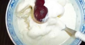 Vaníliafagylalt vodkával meggyel