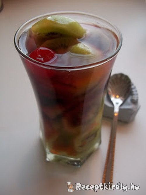 Zombie Fruit-Drink (cocktail) 1