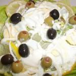 Majonézes saláta tojással olívabogyókkal