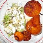Saláta fetával karamelizált brandyvel flambirozott körtével 1