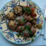 Hagymával kolbásszal töltött gombafejek krumplival 2