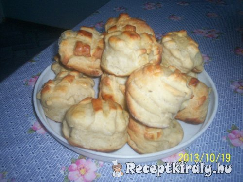 Padlizsán krémes pogácsa