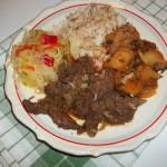 Resztelt sertésmáj rizzsel sült krumplival és csalamádéval 1