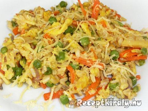 Zöldséges sült rizs