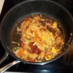 Baconös kolbászos tészta sűtve 1