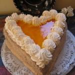 Barackos túrós szív torta