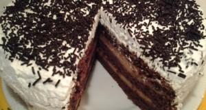 Karamellás tejszínes torta