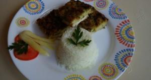 Petrezselymes csirkelepény párolt rizzsel