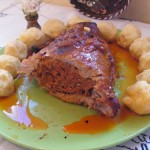 Sertésdagadó kolbászhússal töltve 1