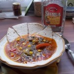 Mexikói zöldségleves tortillával és tequilával 3