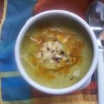 Tejszínes currys cukkini krémleves tökmaggal