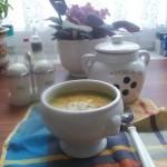 Tejszínes currys cukkini krémleves tökmaggal 2