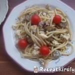 Chilis gombás spagetti kecskesajttal 1