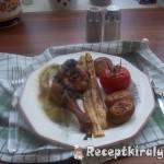 Zöld pestos csirkecomb sült zöldségekkel 2